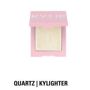 Kylie Cosmetics QUARTZ   KYLIGHTER, NIB